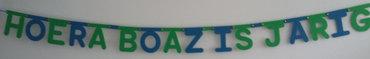 Naamslinger verjaardag in lettertype Rond