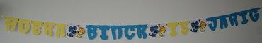 Naamslinger verjaardag, lettertype Sesamstraat met tussenstukjes