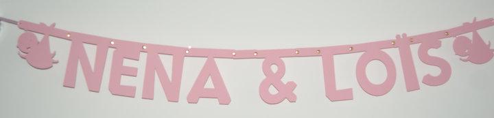 Geboorteslinger namen in lettertype Keystone