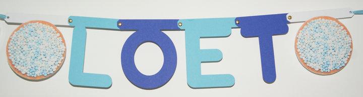 Naamslinger geboorte, lettertype Rond met tussenstukjes