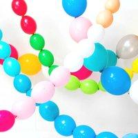 Hoe maak je een slinger van ballonnen?