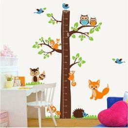 Muursticker boom met uiltjes, eekhoorns, vosje